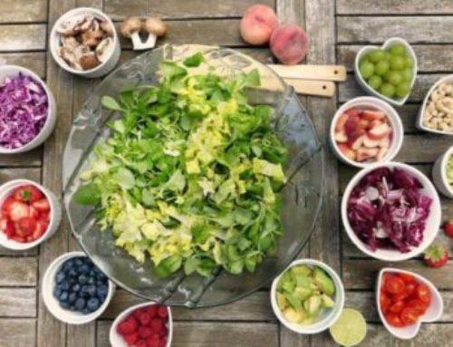 Comer entre comidas para ayudar a controlar la ansiedad